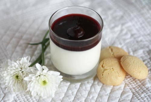 Limoncello Panna Cotta with Black Cherry Sauce | Creative ...