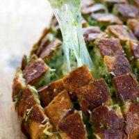 Cheesy Pull-Apart Pesto Bread {easy, 4 ingredients}