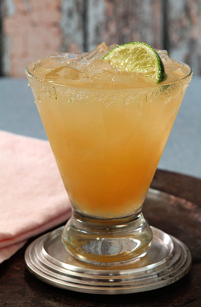 Apricot Margarita from @creativculinary