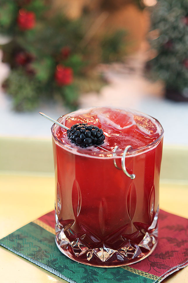 Blackberry Collins Cocktail with St. Germain Liqueur witt Christmas Decor