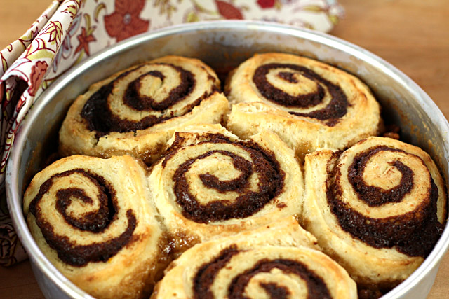 bourbon-orange-cinnamon-rolls2
