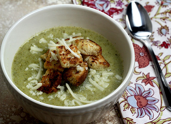 broccoli-whitecheddar-soup