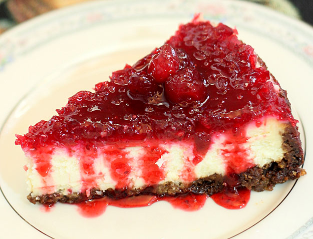 the cranberry cheesecake with a lemon cranberry cheesecake cranberry ...