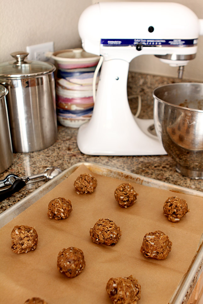 Browned Butter Espresso Chocolate Chip Cookies with Coconut | Creative Culinary