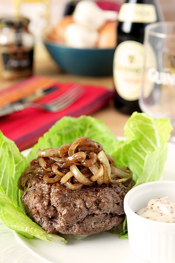 Gorgonzola and Mozzarella Cheese Stuffed Burger