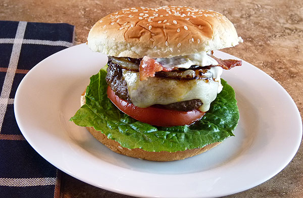 jalapeno-bacon-burger