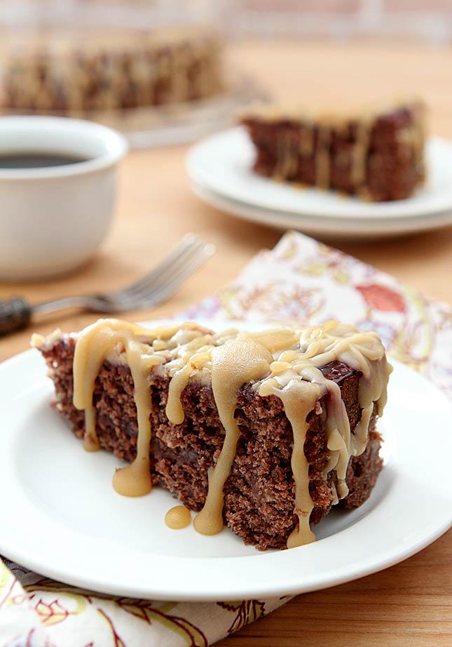 Kentucky Jam Cake With Caramel Icing