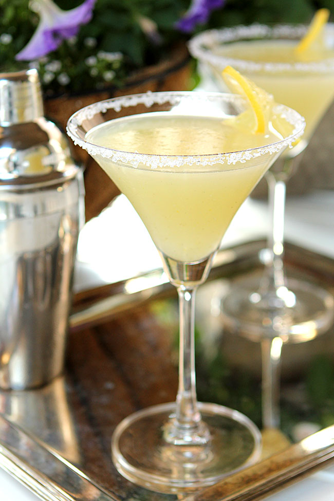 The Best Lemon Drop Martini
