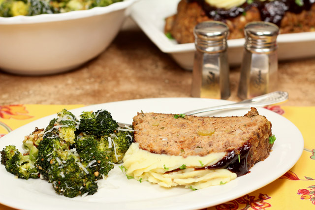 Barbecue Meatloaf with Roasted Garlic Mashed Potatoes ...