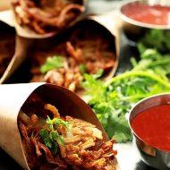 Onion Pakoras (Indian Onion Fritters)