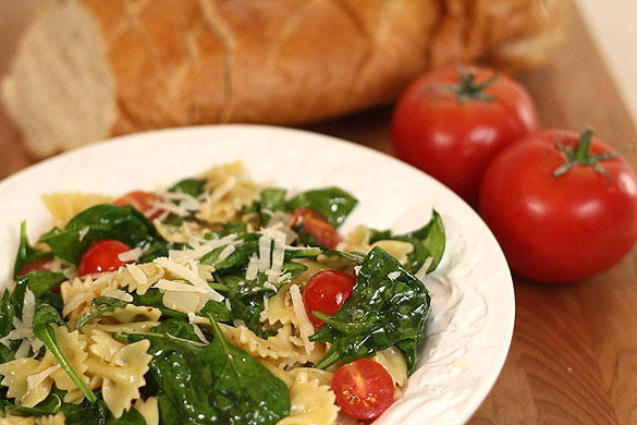 Pasta with spinach recipes with tomatoes