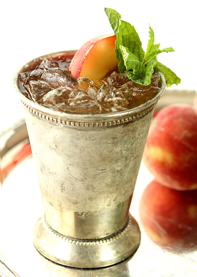 Honey Peach Mint Julep | Creative-Culinary.com