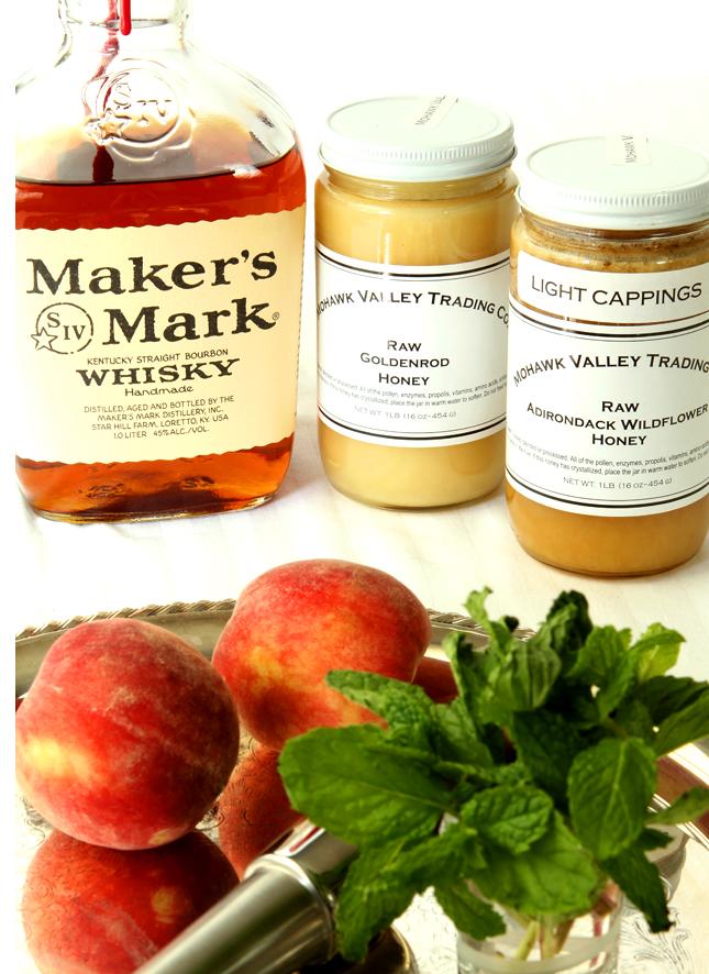 Honey Peach Mint Julep | Creative-Culinary.com