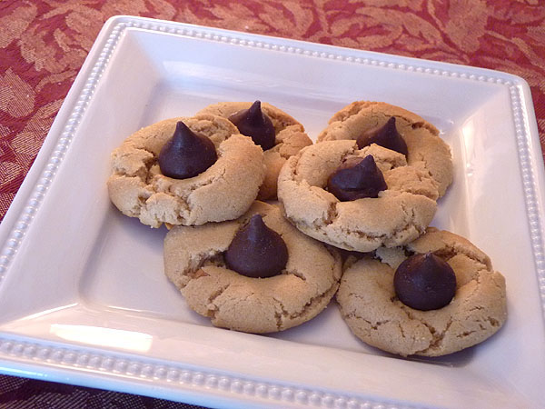Peanut Butter Kiss Cookies Creative Culinary