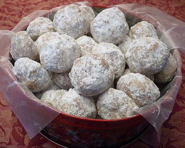 Pecan Butter Balls and also called Mexican Wedding Cookies and Russian ...