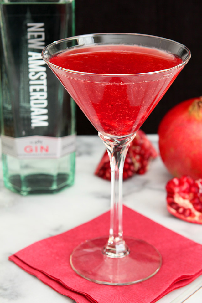 Imperial Pomegranate Cocktail with New Amsterdam Gin | Creative-Culinary.com