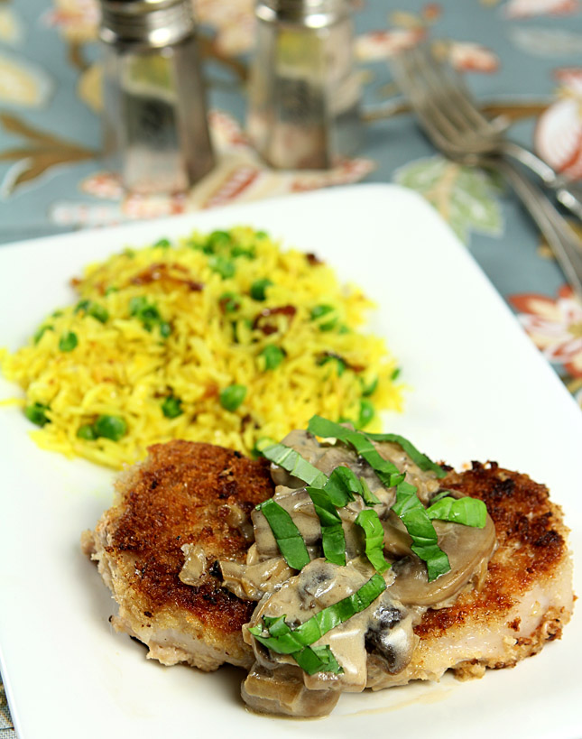 Pork Chops with Mushrooms and Bourbon Cream Sauce | Creative Culinary ...