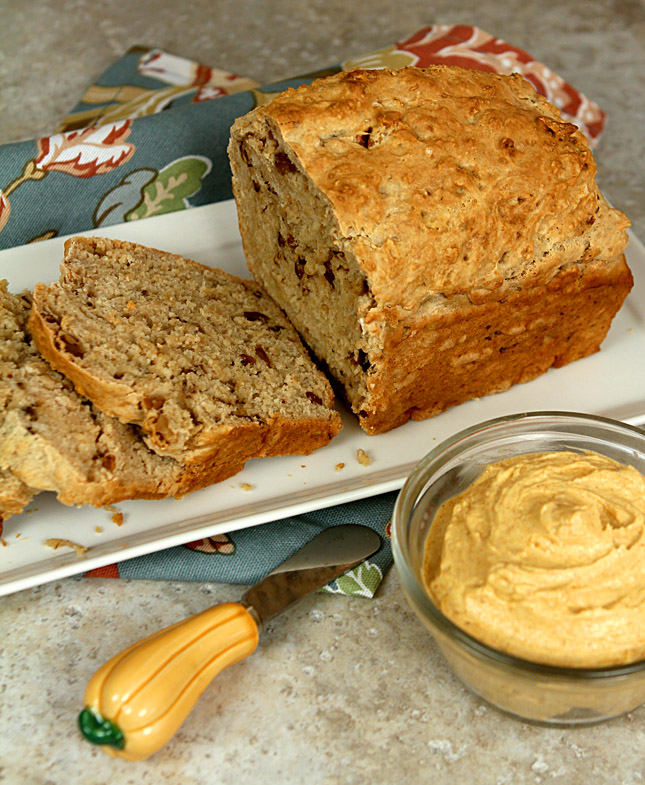 Pumpkin Beer Bread with Pumpkin, Butter and Honey Spread