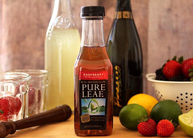 Very Berry Raspberry Tea Spritzer from Creative-Culinary.com