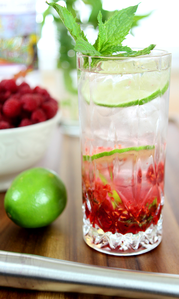 raspberry-vodka-mojito