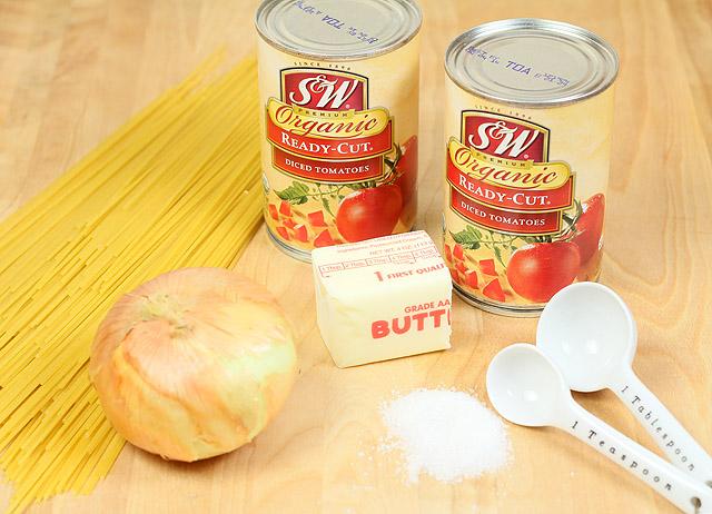 Tomato, Butter and Onion Spaghetti Sauce