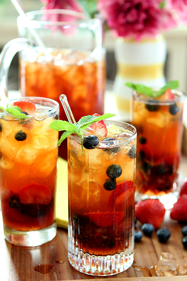 Very Berry Iced Tea with Honey Mint Syrup | Iced Tea Recipes That Will Rock Your Summer | how to make flavored tea with real fruit