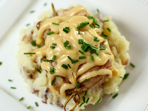 Smoked Chicken With Cheddar/Beer Sauce Over Mashed Potatoes Recipe ...